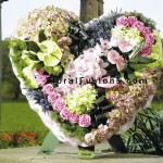 funeral-special-tributes-foliage-heart